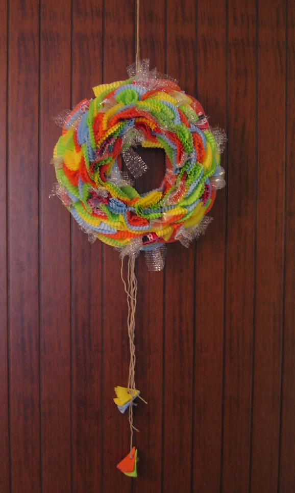 Decorazioni di carnevale come fare una ghirlanda di pirottini di carta pane amore e creativit - Decorazioni per torte di carnevale ...